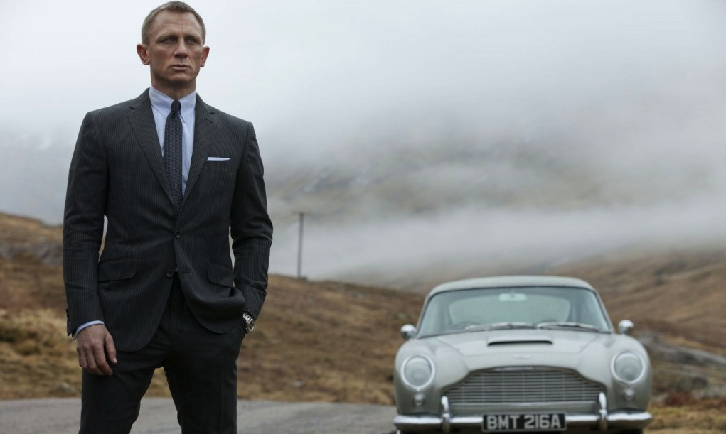 "Weekend Box Office: ""Skyfall"" soars"